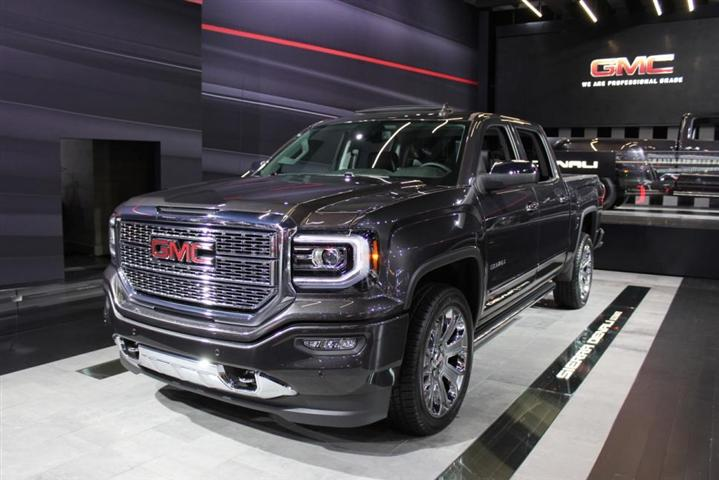 2018 GMC sierra 3500hd Denali Dually