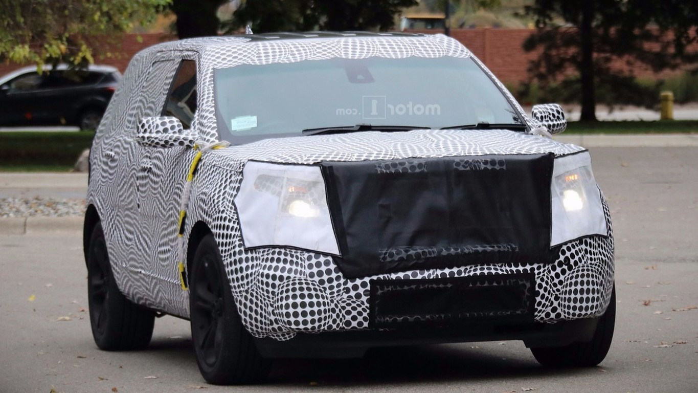 2019 Ford Explorer spied redesign