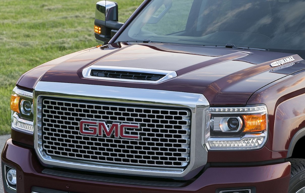 2019 GMC Denali Canyon Headlight Changes