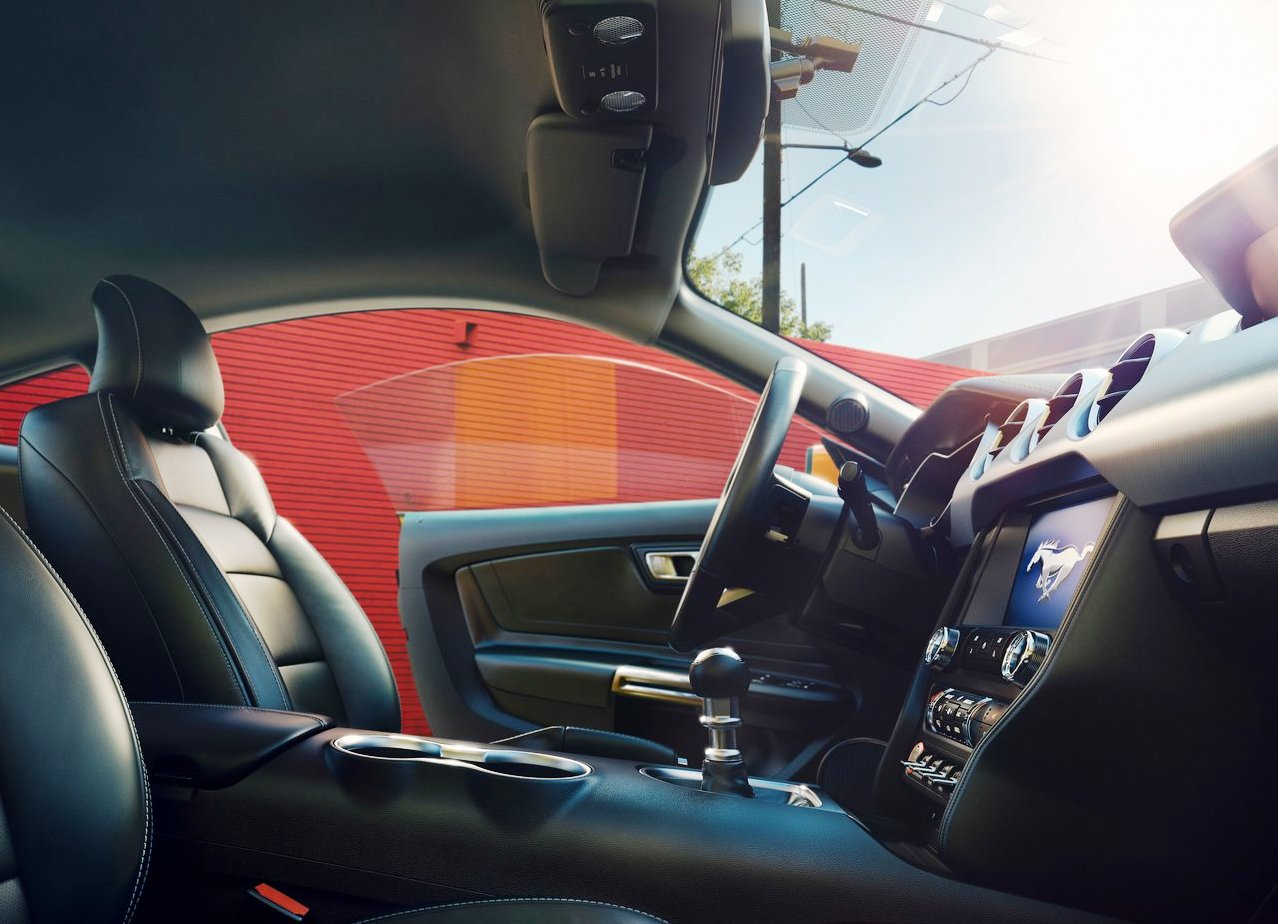 2020 Ford Mustang GT 500 CObra Interior Restyle