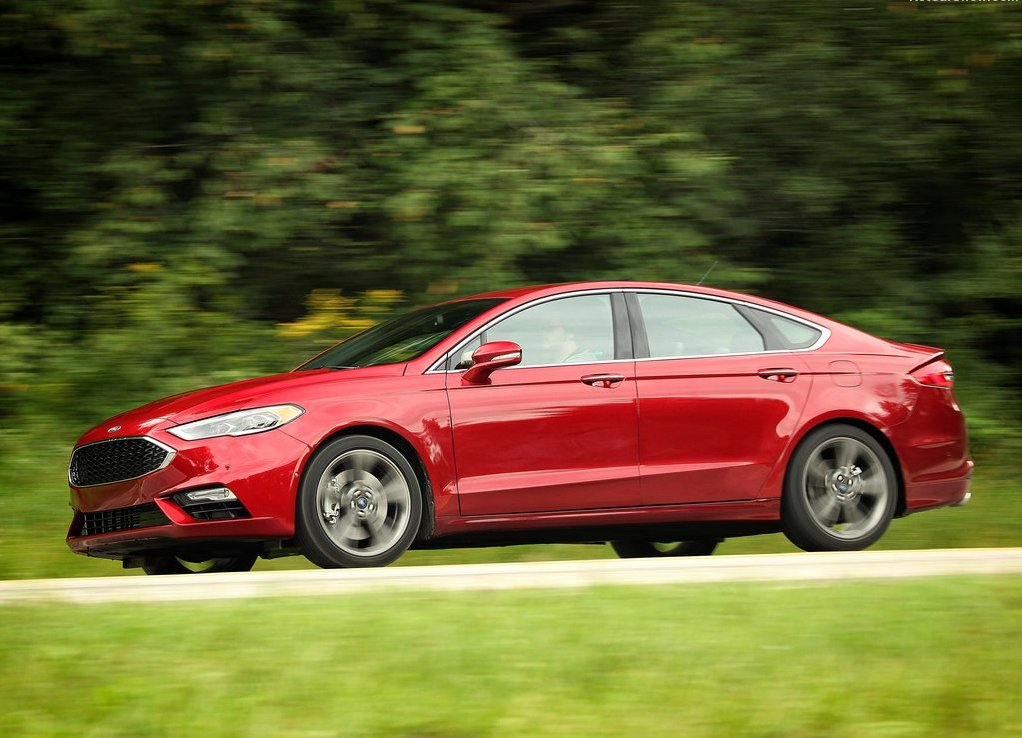 Ford Fusion 2019 MSRP and MPG