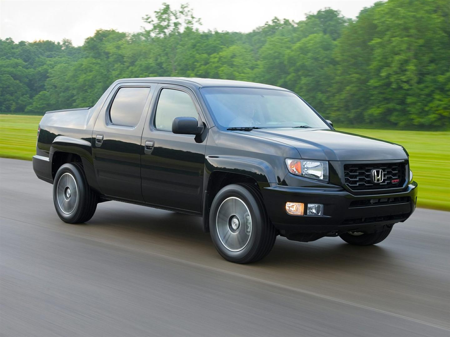 2018 Honda Ridgeline Hybrid Black Color Pictures