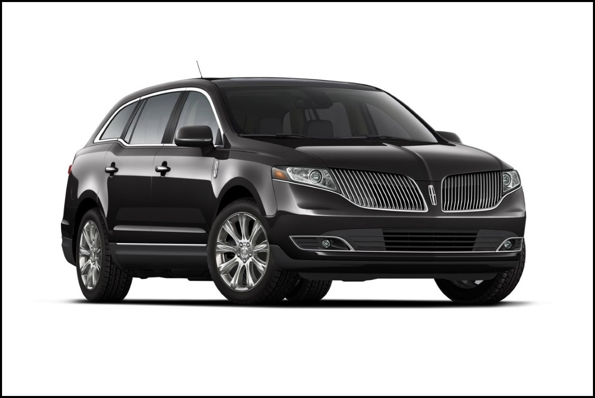 2018 Lincoln MKT Black Color Availability