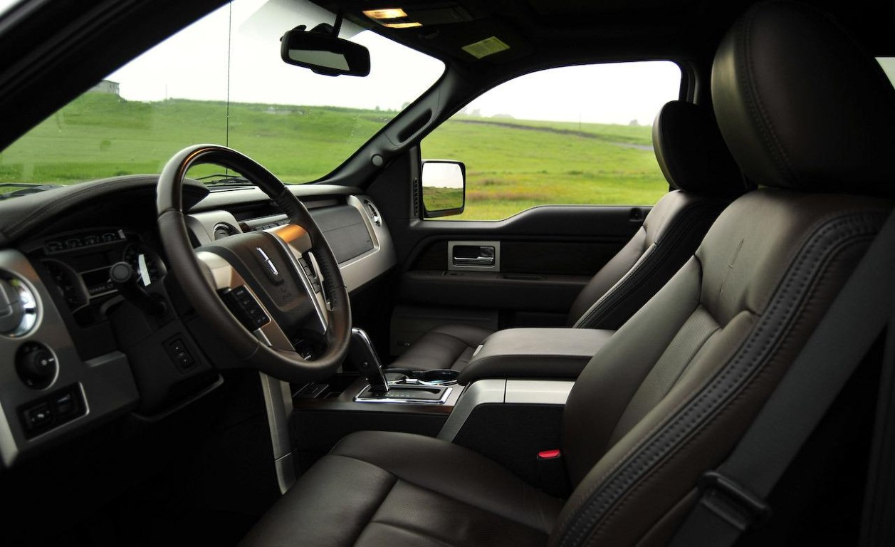 2018 Lincoln Pickup Truck Interior