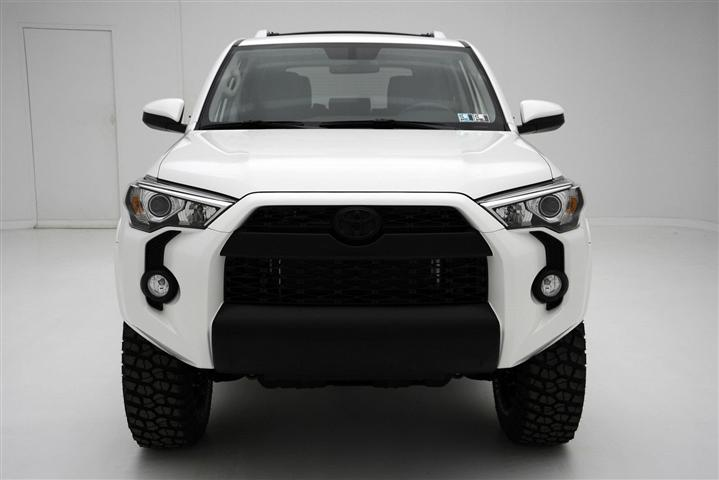 2018 Toyota 4Runner Limited Redesign Headlight White Color
