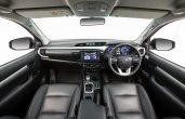 2018 Toyota Hilux Interior New Design WIth Large Space and Good Dashboard
