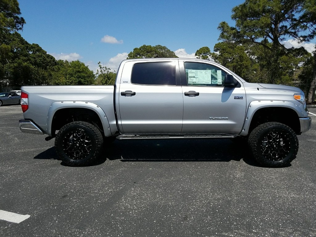 2018 Toyota Tundra 4X4 Crewmax Review