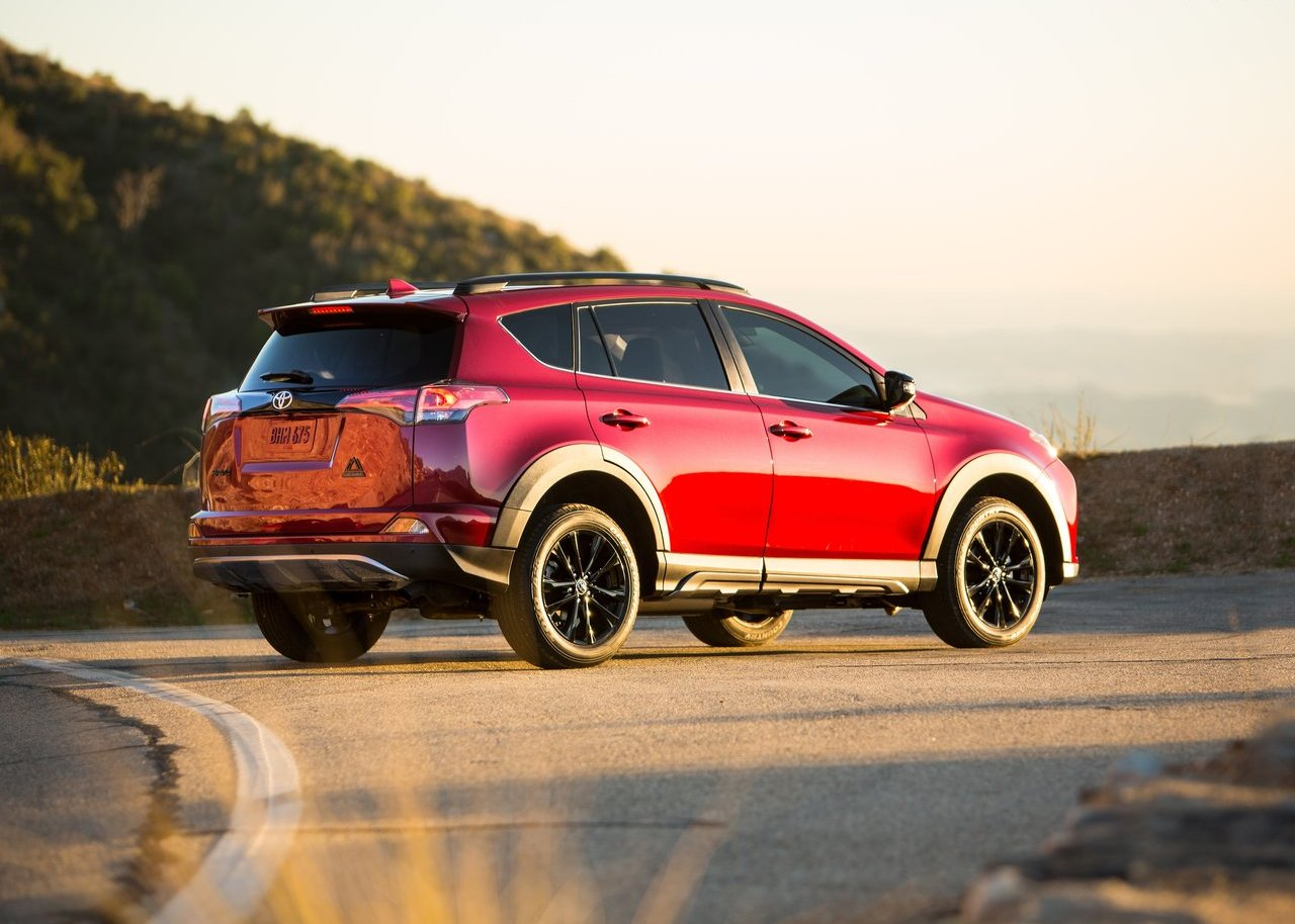 2019 Toyota Highlander Vs Rav4