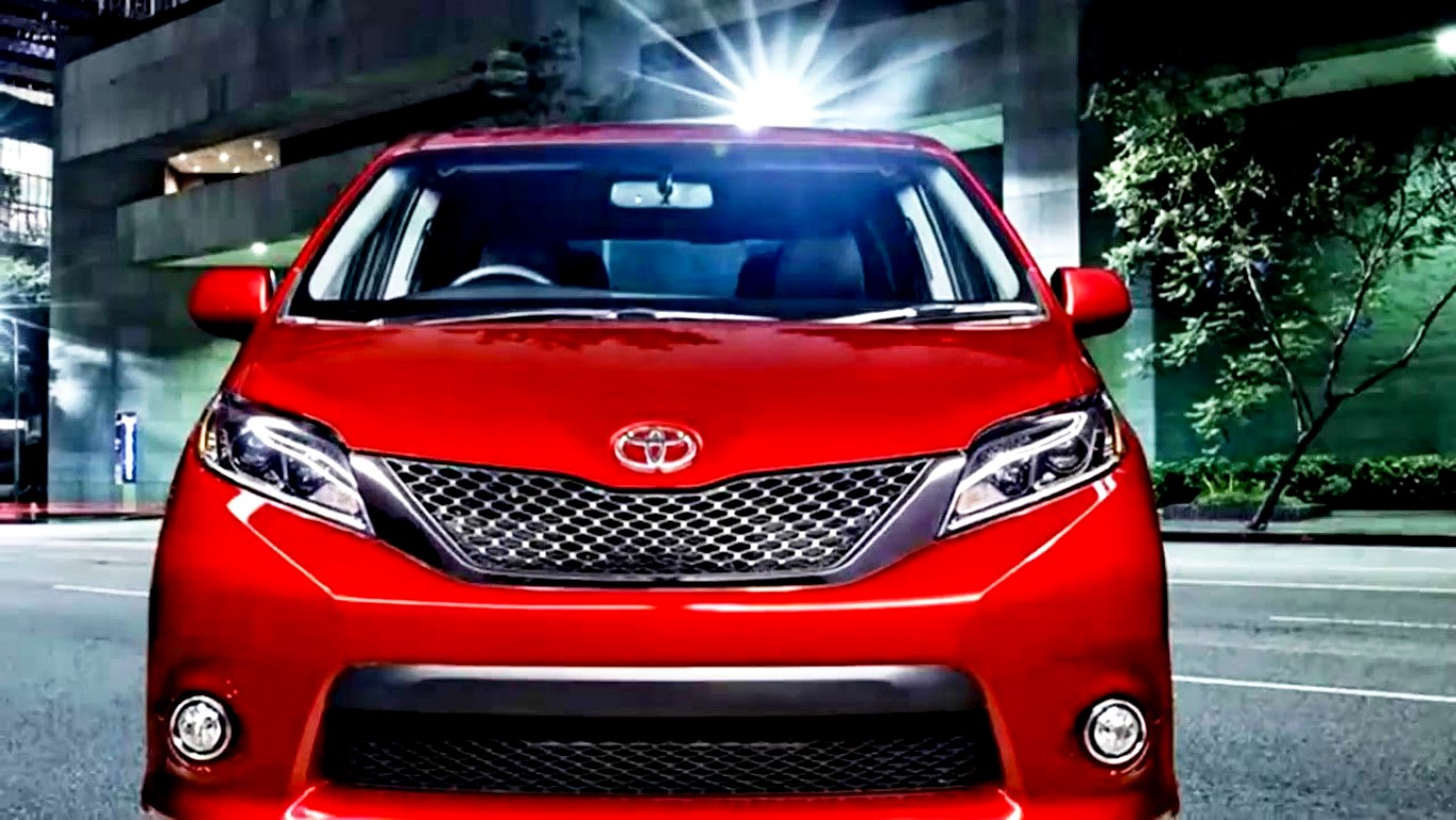 2019 Toyota Sienna Hybrid New Model Red Color Trims
