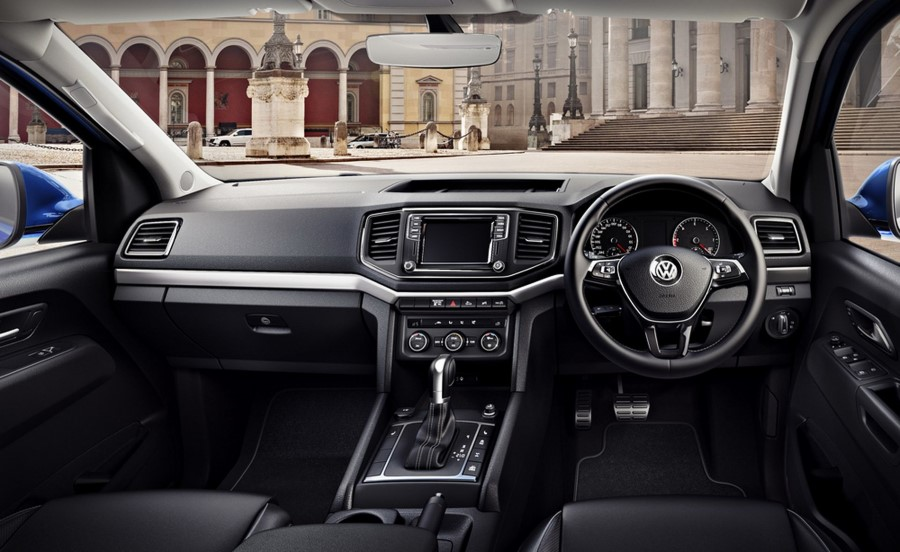 2019 Volkswagen Amarok Interior Features