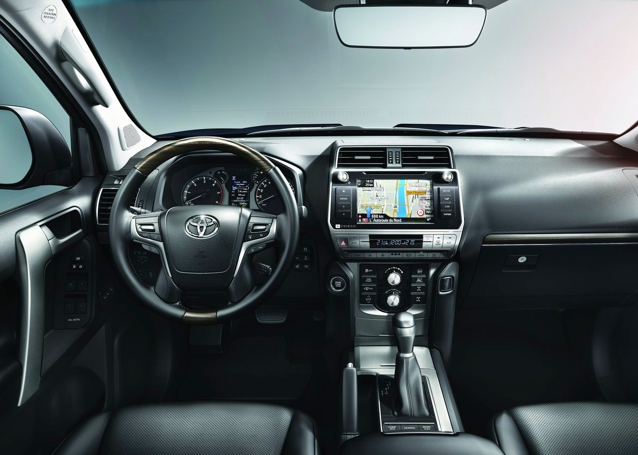 2019 Toyota Land Cruiser Interior Changes and Improvement