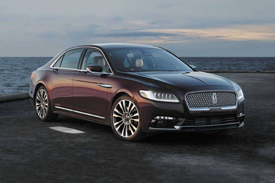 2019 Lincoln Town Car Commercial
