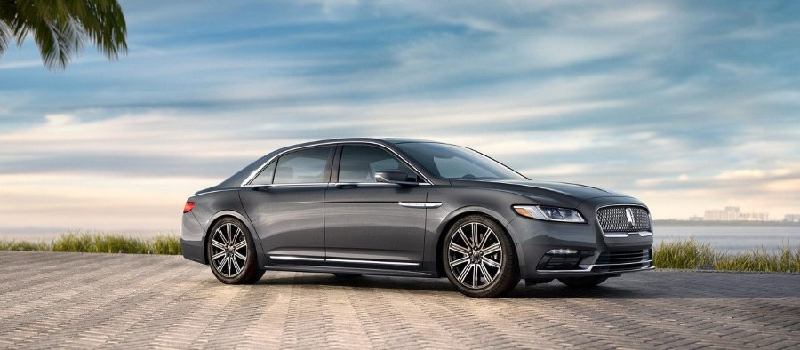 2019 Lincoln Town Car Release Date and Price