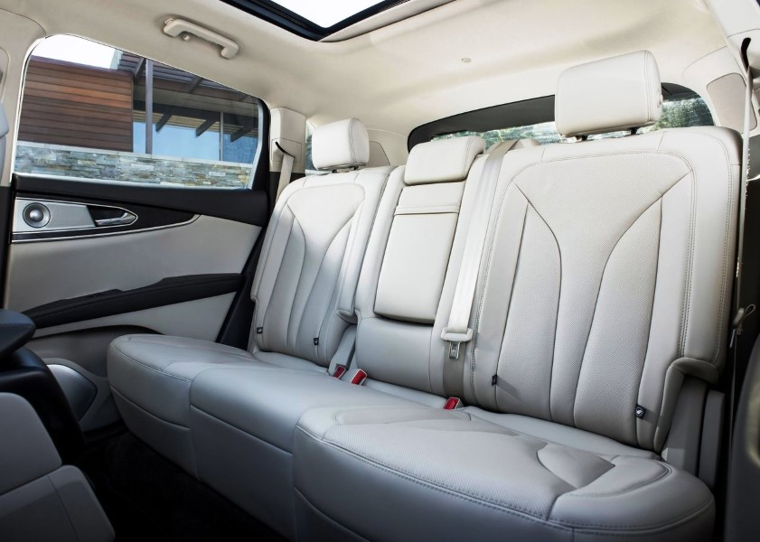 5 Seat SUV 2019 Lincoln MKX Interior