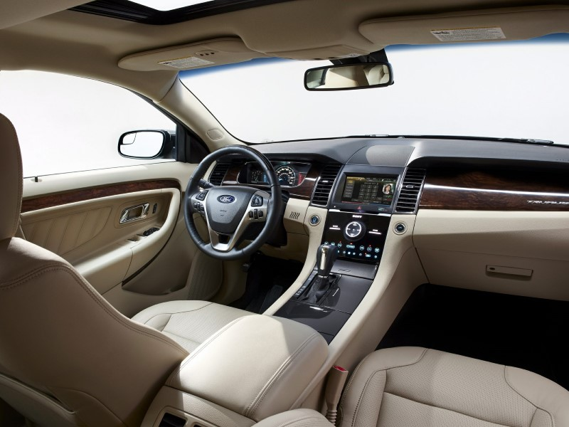 2019 Ford Taurus RS Interior Changes