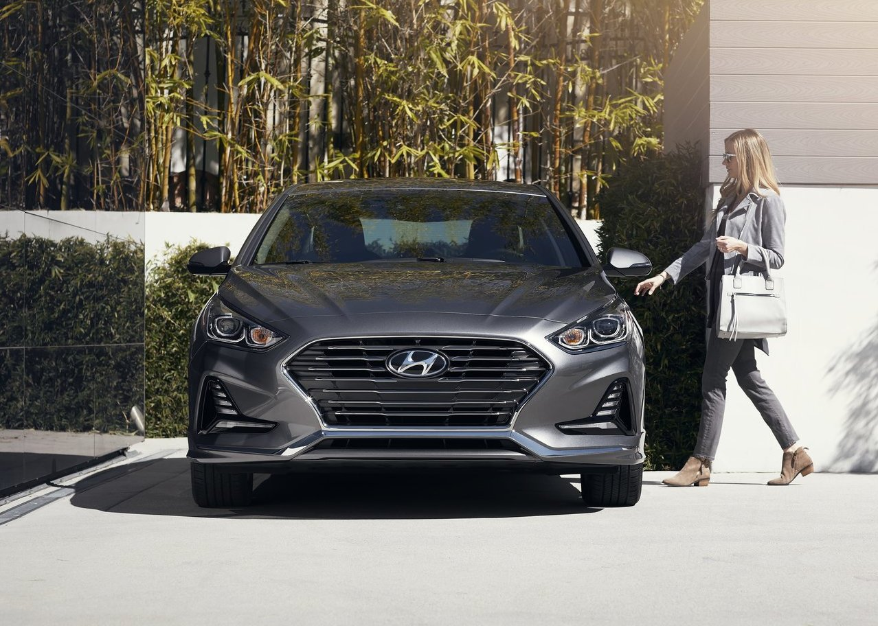2019 Hyundai Sonata Hybrid Review and Rating