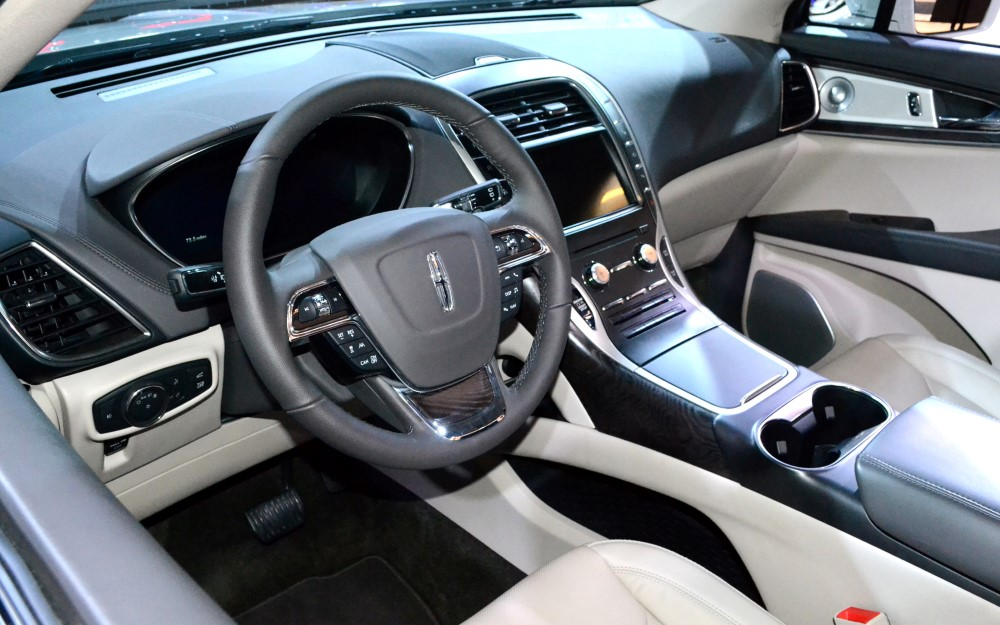 2019 Lincoln Aviator Interior Pictures