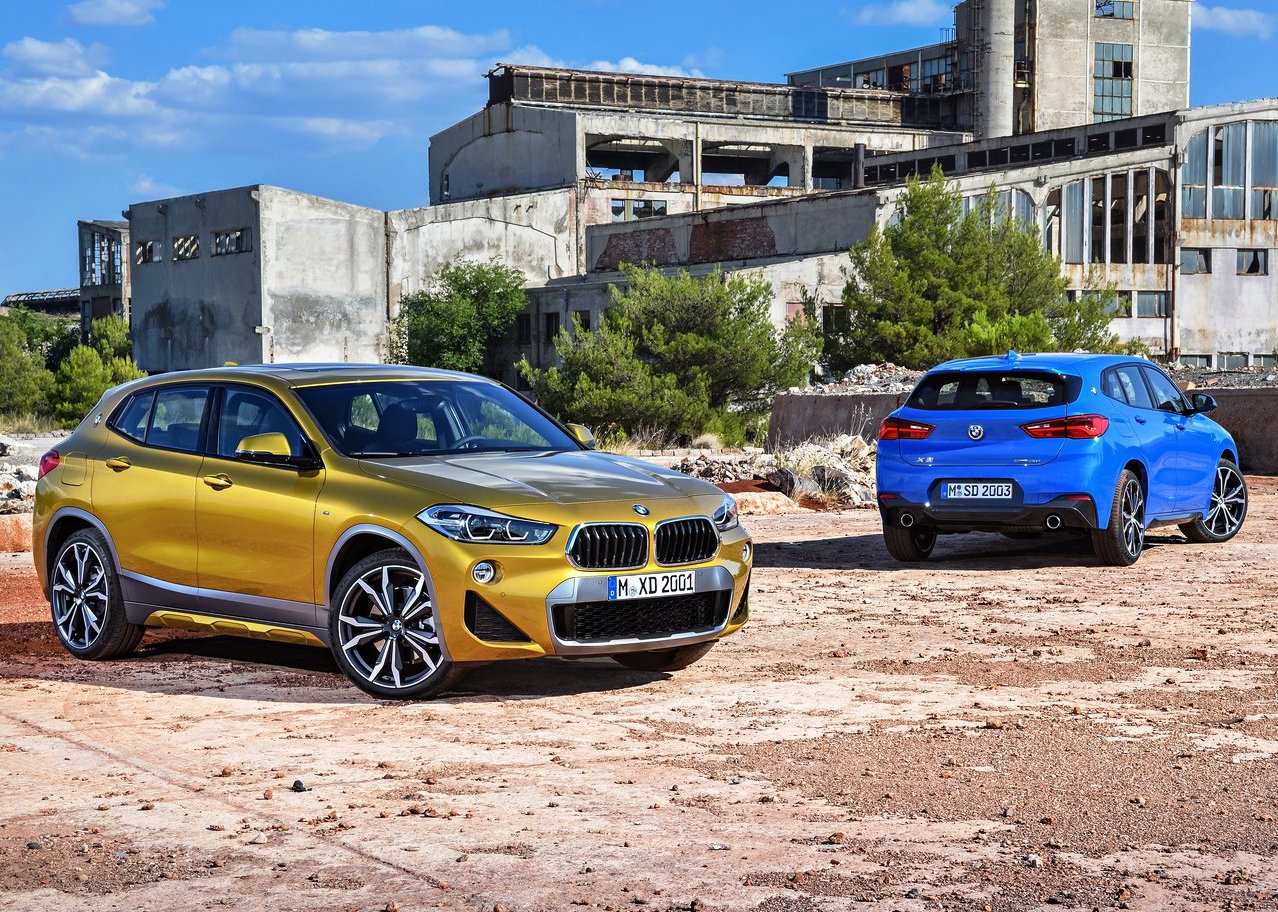 2019 BMW X2 20i sDrive Exterior Color Trims; Golden Yellow and Blue