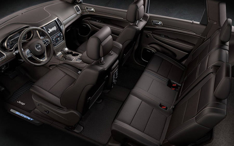 2019 Jeep Grand Cherokee Laredo Interior Capacity