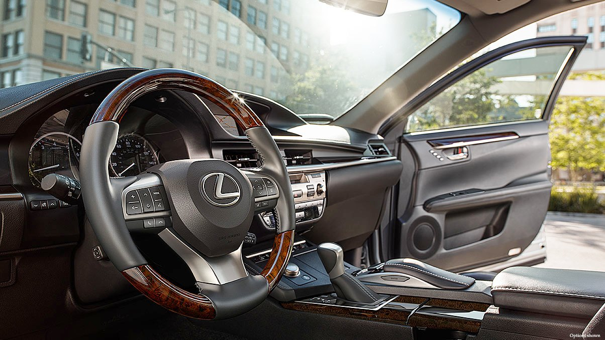 2019 Lexus ES 350 Interior Photos