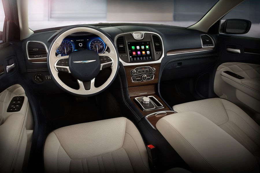 2020 Chrysler 300 SRT8 Interior Features
