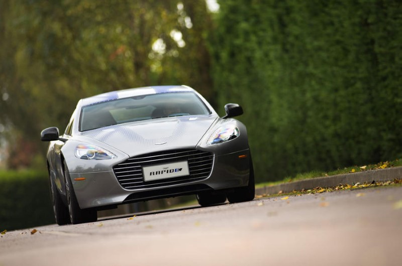 2019 Aston Martin RapidE E VS tesla Model S