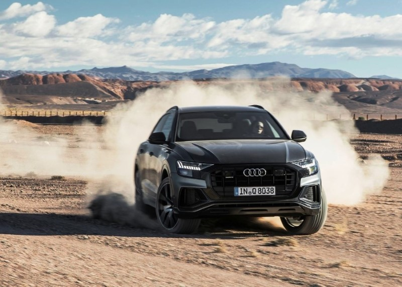 2020 Audi Q8 SUV Off Road Test