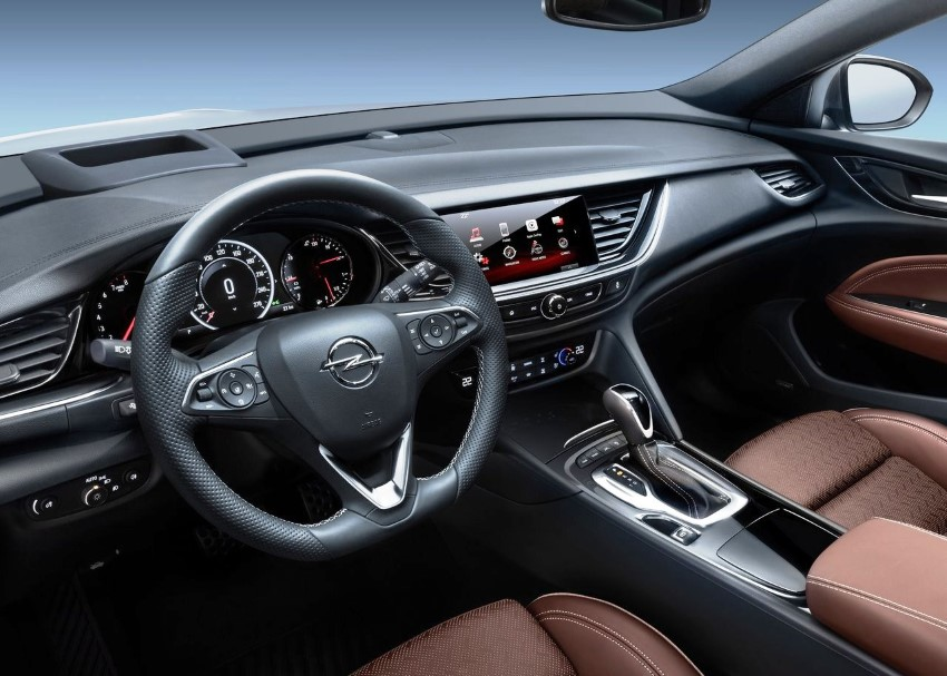 2020 Opel Insignia New Features