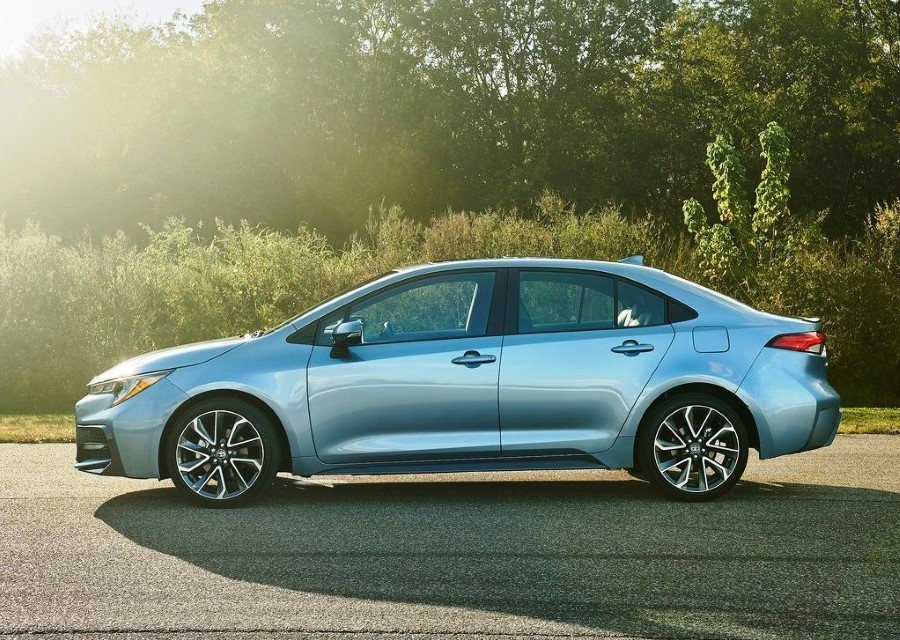 2020 Toyota Corolla Sedan SE Manual For Sale
