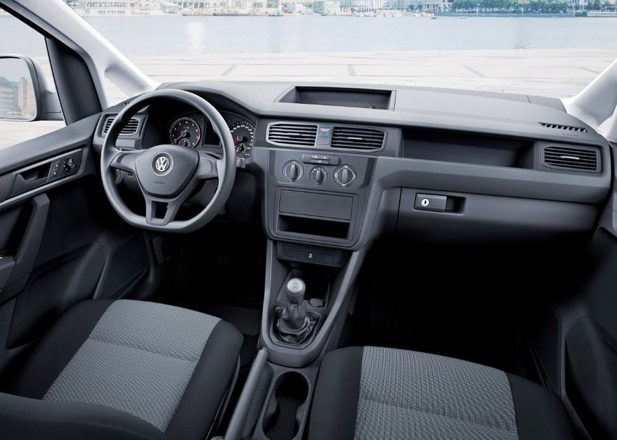 Volkswagen Caddy Maxi TGI Interior
