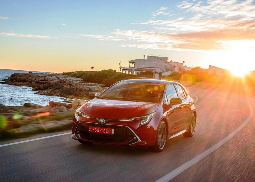 2020 Toyota Corolla Hybrid Price in USA