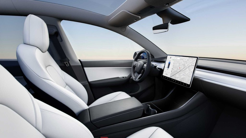 2020 Tesla Model Y Interior & Features