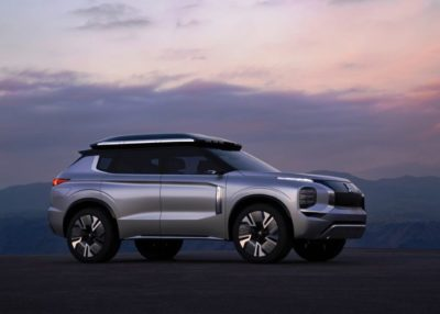 2020 Mitsubishi Engelberg Tourer: The Real 7-Seater Electric SUV!